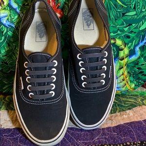 Black vans shoes